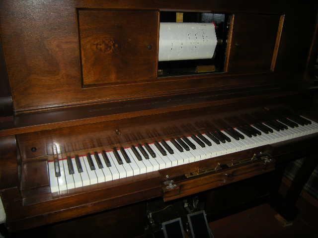 Bills Pianola Repairs   point of interest   unit1/40 Harris St, Cameron Park NSW 2285, Australia   0401153960 OR +61 401 153 960