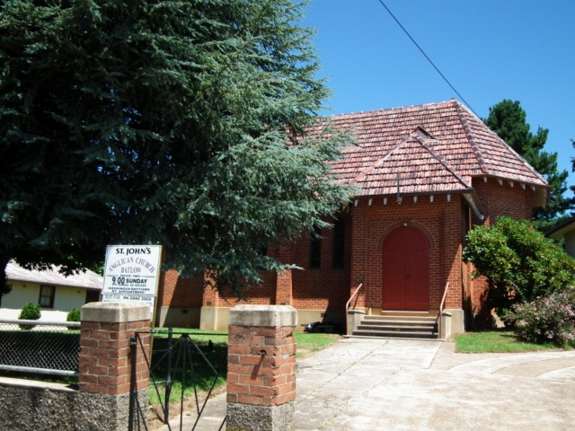 Saint Johns Anglican Church   church   34 Pioneer St, Batlow NSW 2730, Australia