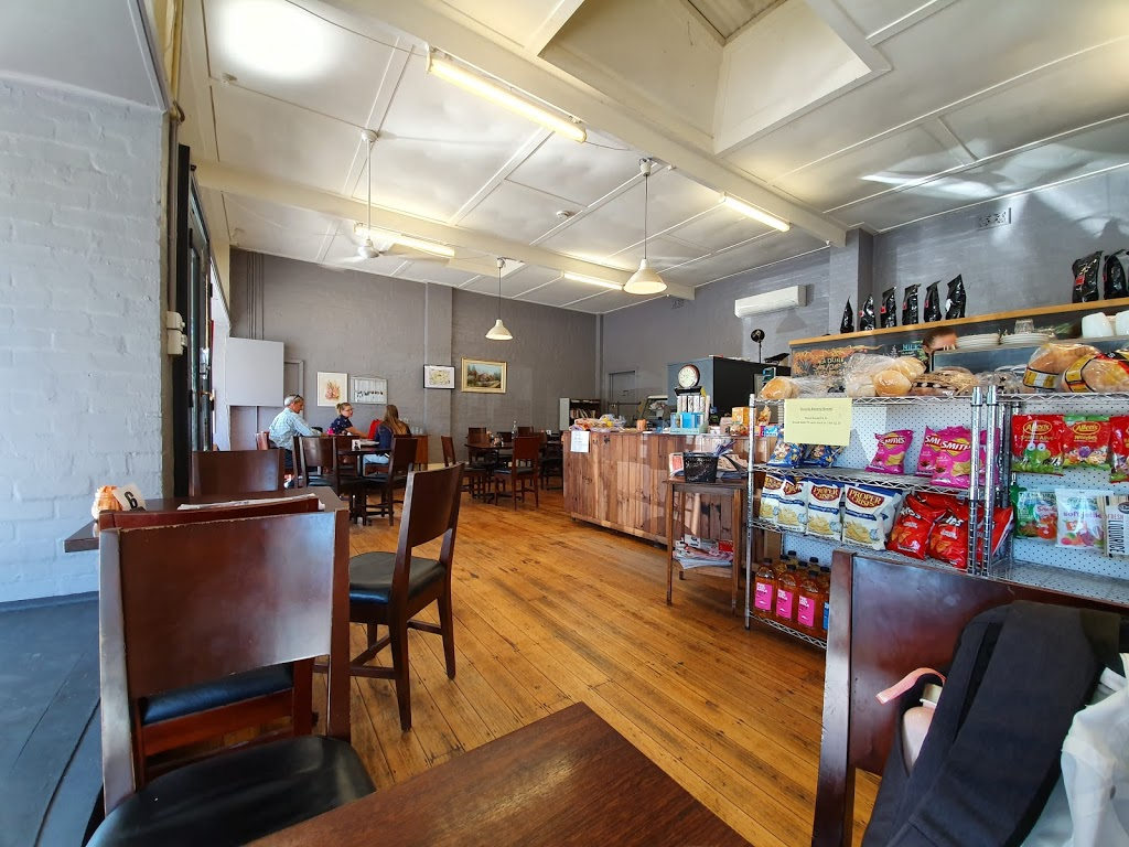 Brewsters Cafe & Food Store   cafe   81 Nar Nar Goon - Longwarry Rd, Garfield VIC 3814, Australia   0407151202 OR +61 407 151 202
