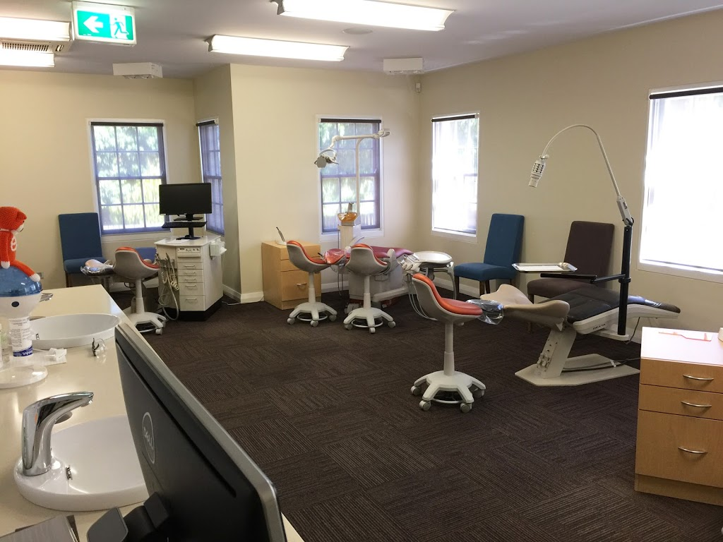Dr. Spiro Pazios - Embrace Orthodontist Canberra | dentist | 36 Bougainville St, Manuka ACT 2603, Australia | 0262957700 OR +61 2 6295 7700