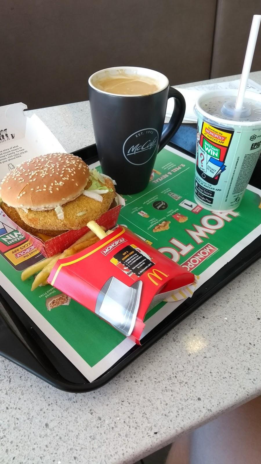 McDonalds Charnwood   cafe   Charnwood Pl &, Lhotsky St, Charnwood ACT 2615, Australia   0262599199 OR +61 2 6259 9199