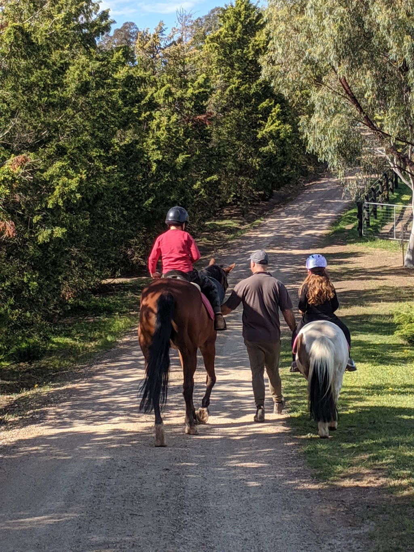 Bellevue Hills Equestrian Centre | school | 31 Lockmans Ln, Cottles Bridge VIC 3099, Australia | 0490368153 OR +61 490 368 153