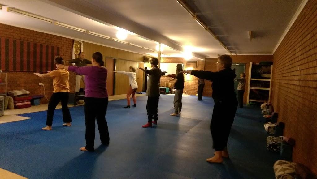 Grasshopper Yoga Studio | gym | 56 Eucalyptus Rd, Eltham VIC 3095, Australia | 0466406301 OR +61 466 406 301