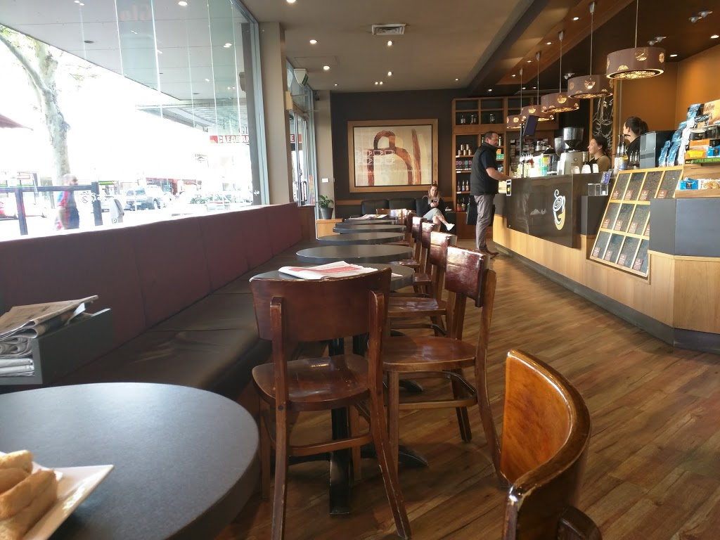 Gloria Jeans Coffees   cafe   1/301 Wyndham St, Shepparton VIC 3650, Australia   0358311478 OR +61 3 5831 1478