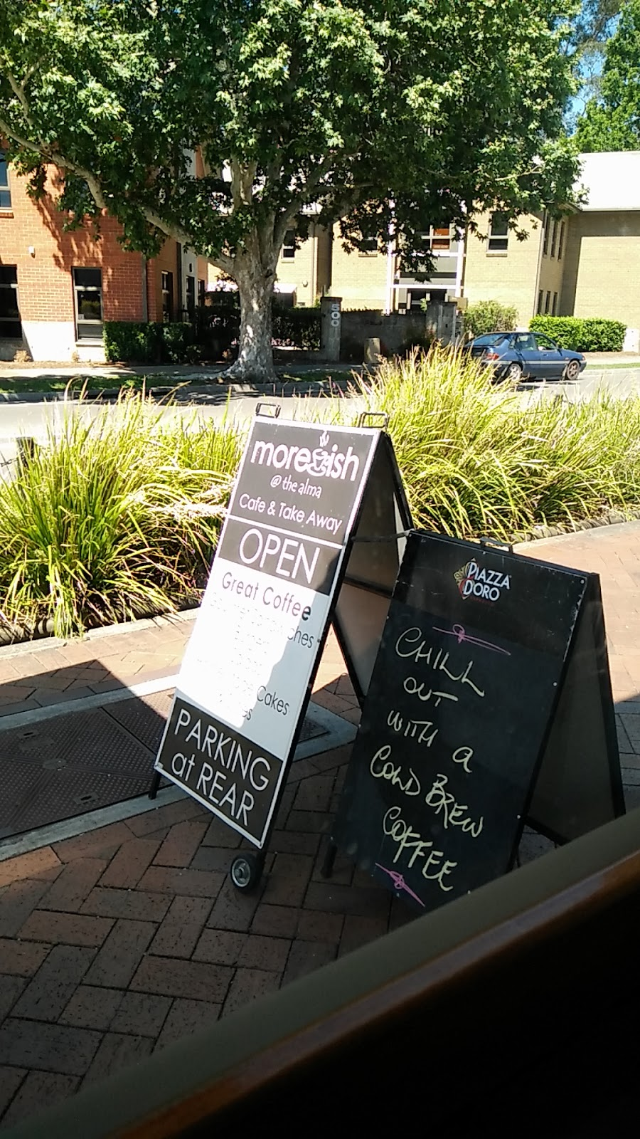 Moreish Cafe | cafe | 541 High St, Maitland NSW 2320, Australia | 0249342288 OR +61 2 4934 2288