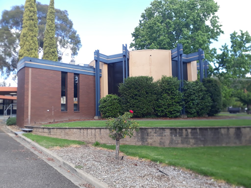 Myrtleford Library | library | 125 Standish St, Myrtleford VIC 3737, Australia | 0357511591 OR +61 3 5751 1591