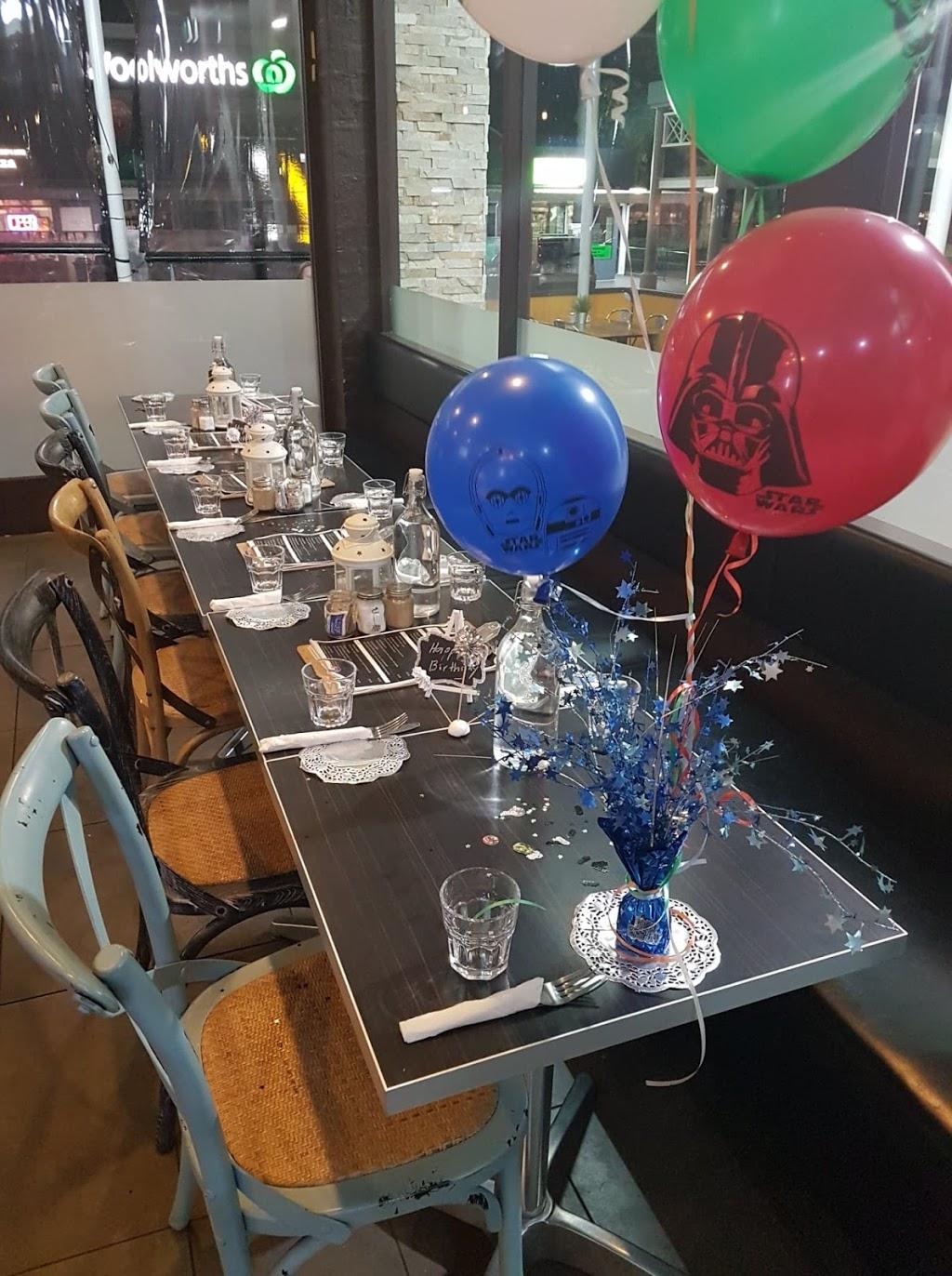 Sachis Corner | cafe | Shop 15/125 James Cook Dr, Kings Langley NSW 2147, Australia | 0296749557 OR +61 2 9674 9557