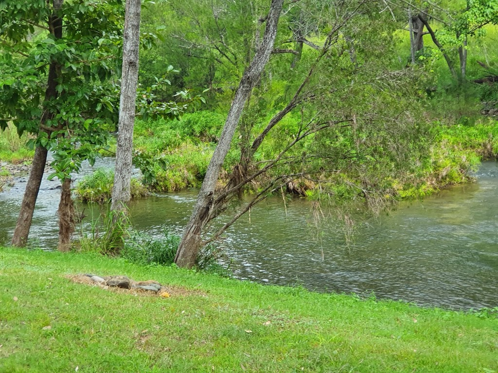 Hold It Flats | campground | 142 Cathu Oconnell River Rd, Yalboroo QLD 4741, Australia
