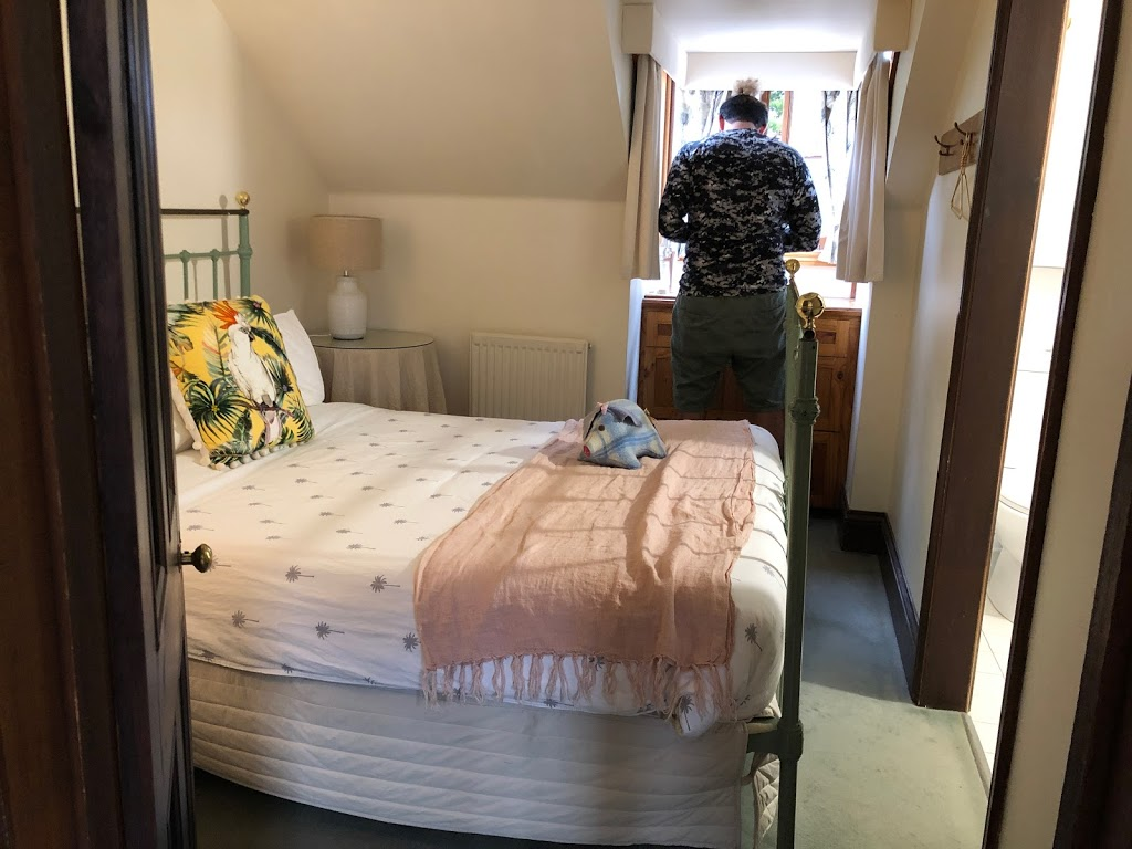 Merrijig Inn   lodging   1 Campbell St, Port Fairy VIC 3284, Australia   0355682324 OR +61 3 5568 2324