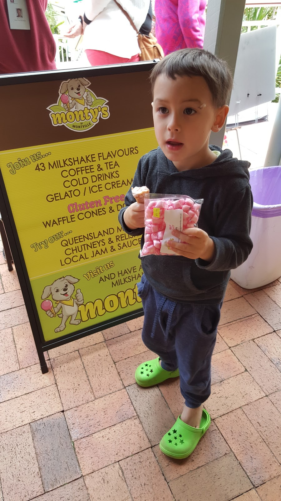 Montys Of Montville | cafe | 8/171-183 Main St, Montville QLD 4560, Australia | 0754785556 OR +61 7 5478 5556