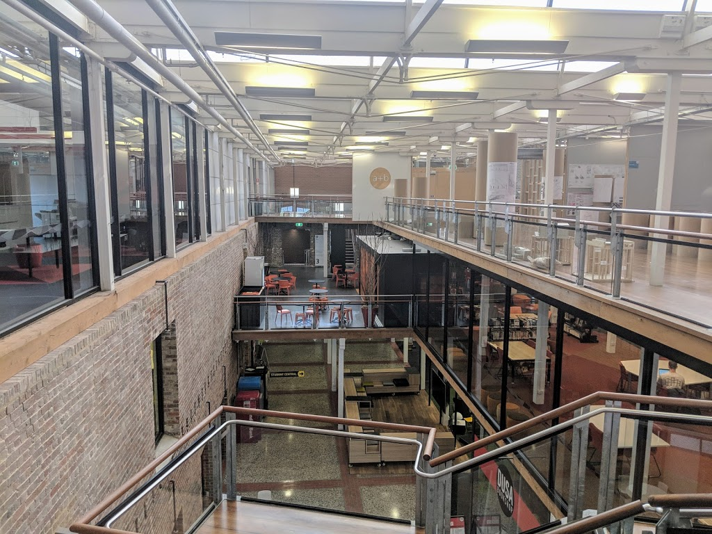 Deakin University Geelong Waterfront Campus | university | 1 Gheringhap St, Geelong VIC 3220, Australia | 0352271100 OR +61 3 5227 1100