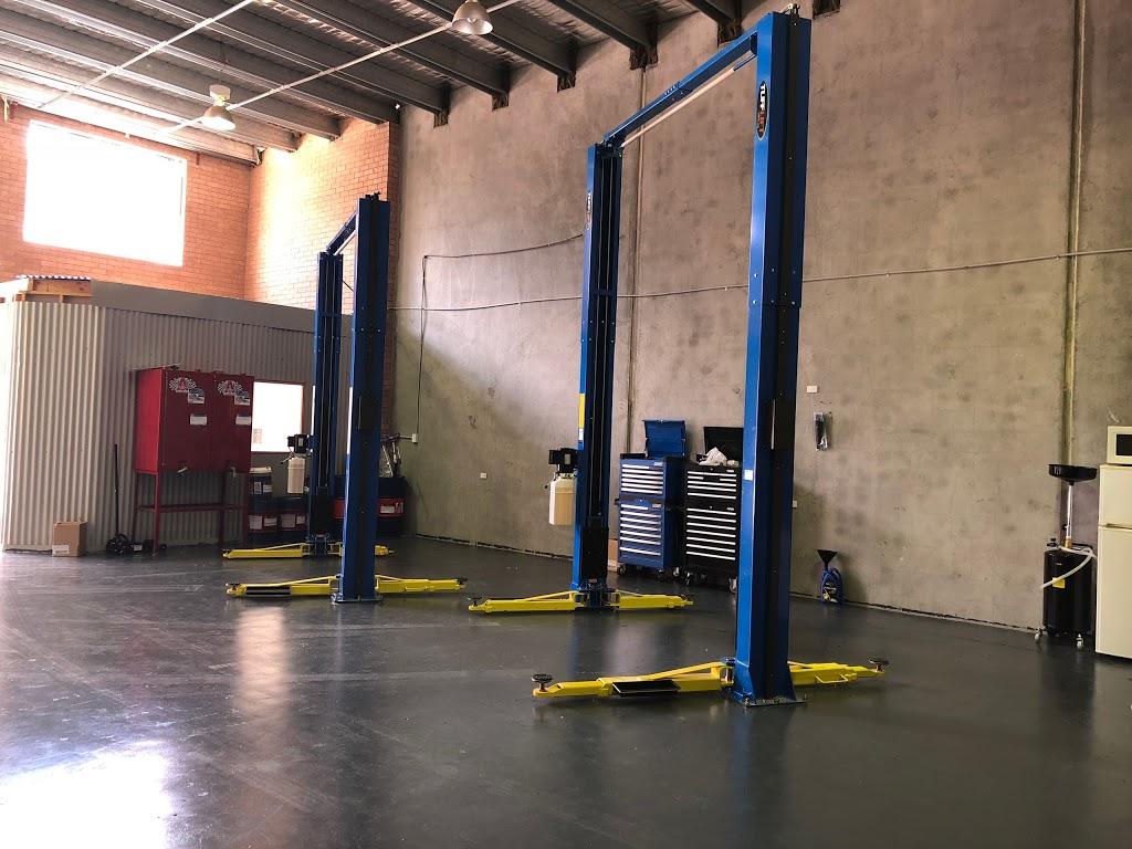 DELHI CAR REPAIRS   car repair   3/23 Buckland St, Mitchell ACT 2911, Australia   0261565275 OR +61 2 6156 5275