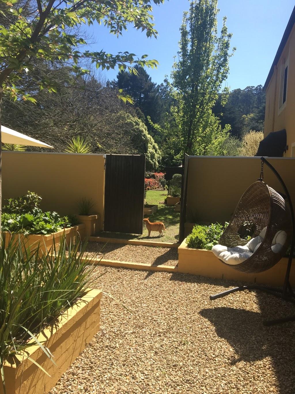 gigis bnb | lodging | 1769 Mountain Hwy, Sassafras VIC 3787, Australia | 0416026348 OR +61 416 026 348