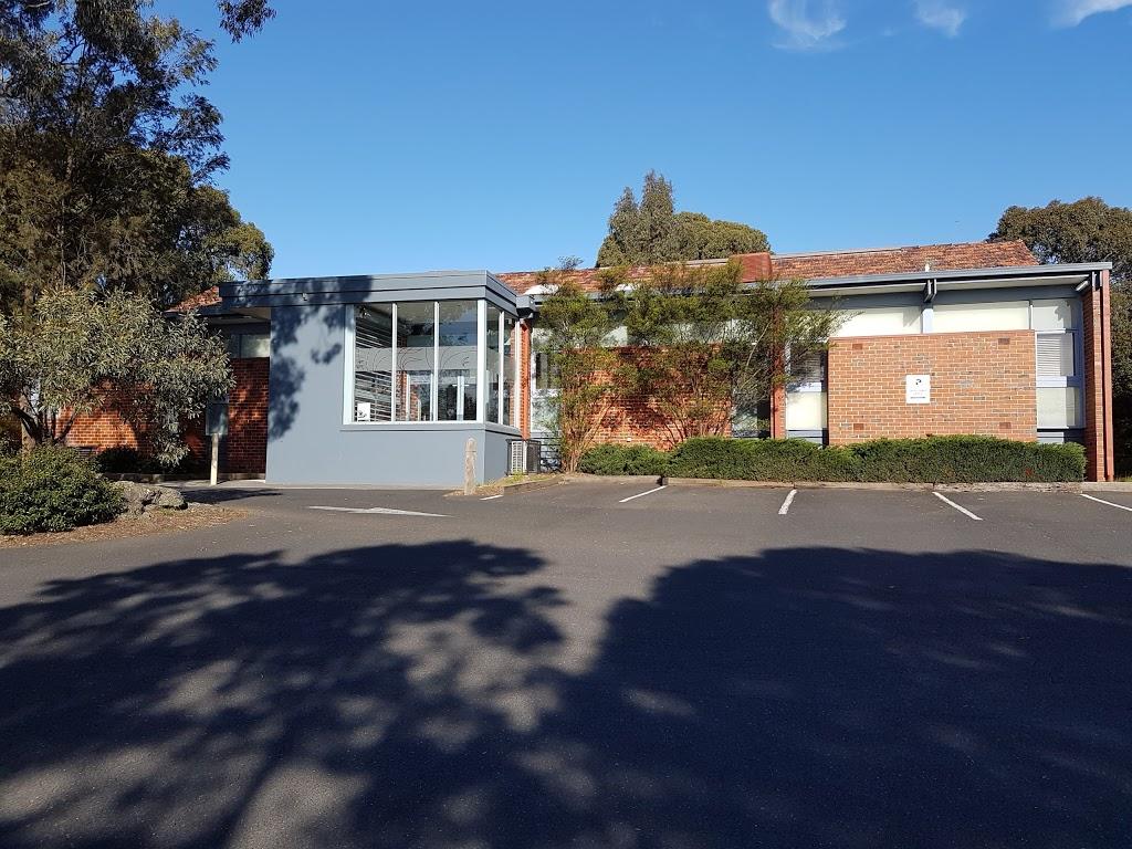 Greensborough Road Surgery - Maurice Vivarini | doctor | 520 Greensborough Rd, Greensborough VIC 3088, Australia | 0394350711 OR +61 3 9435 0711