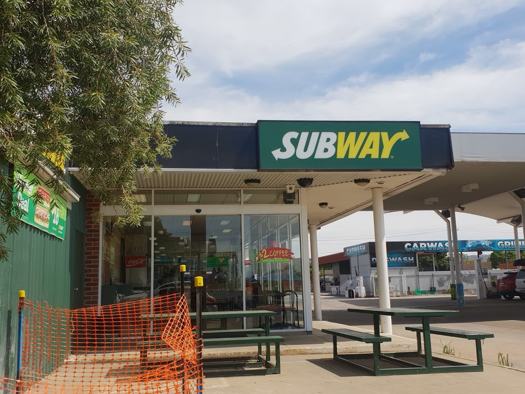 Subway | restaurant | 407 Wagga Rd, Lavington NSW 2641, Australia | 0260408929 OR +61 2 6040 8929
