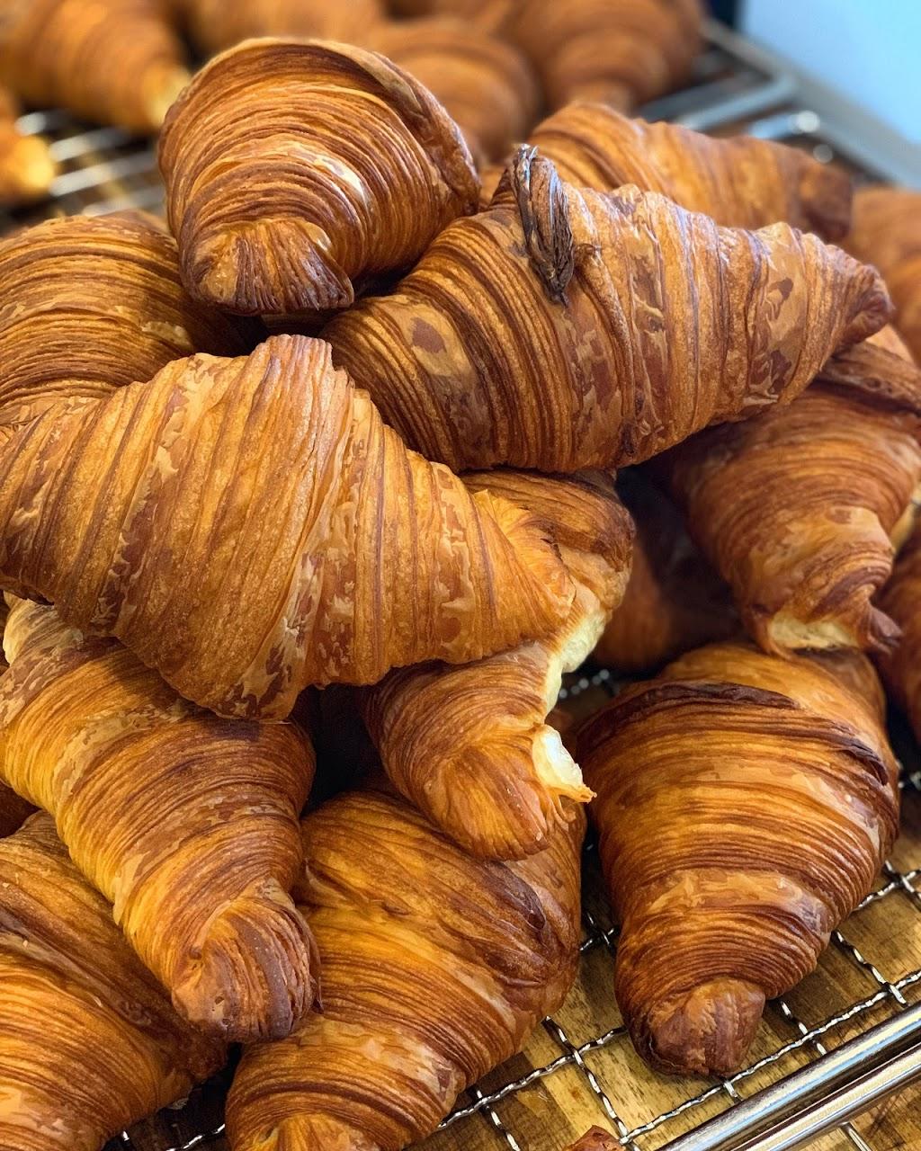 Buttercrumbs Croissant | cafe | 30 Shoreline Dr, Rhodes NSW 2138, Australia | 0421339389 OR +61 421 339 389