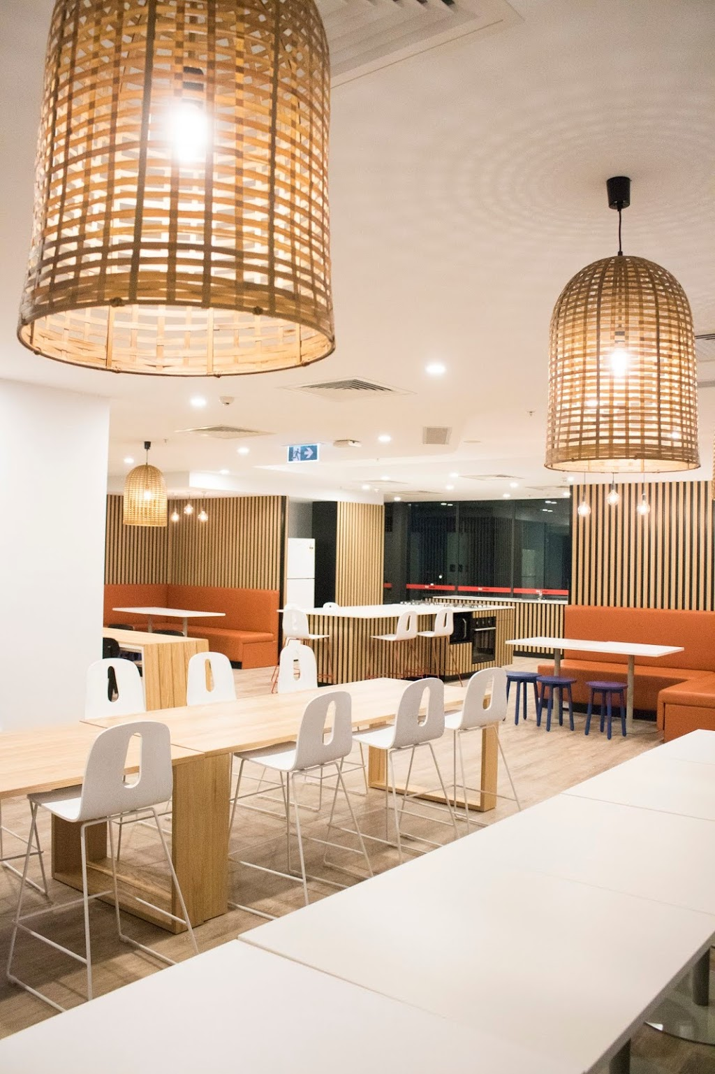 UniLodge Park Central | lodging | 8 Gillingham St, Woolloongabba QLD 4102, Australia | 0735569500 OR +61 7 3556 9500