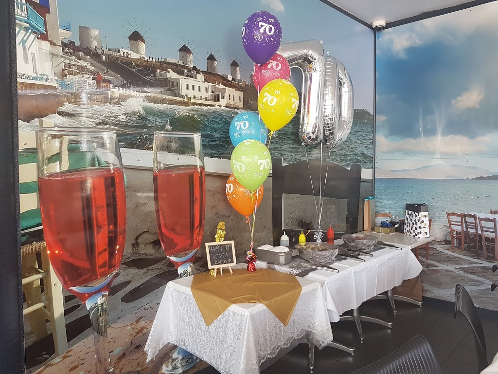 Simply Tops Seafood Bar   restaurant   2/33-35 Palmer St, South Townsville QLD 4810, Australia   0747723028 OR +61 7 4772 3028