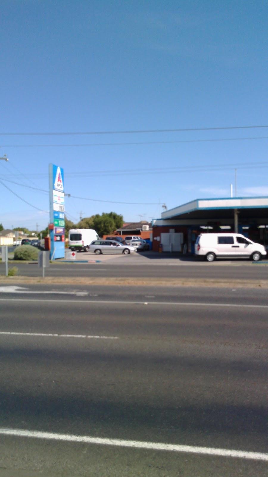 APCO Service Stations Newcomb | gas station | 64 Portarlington Rd, Newcomb VIC 3219, Australia | 0352485100 OR +61 3 5248 5100