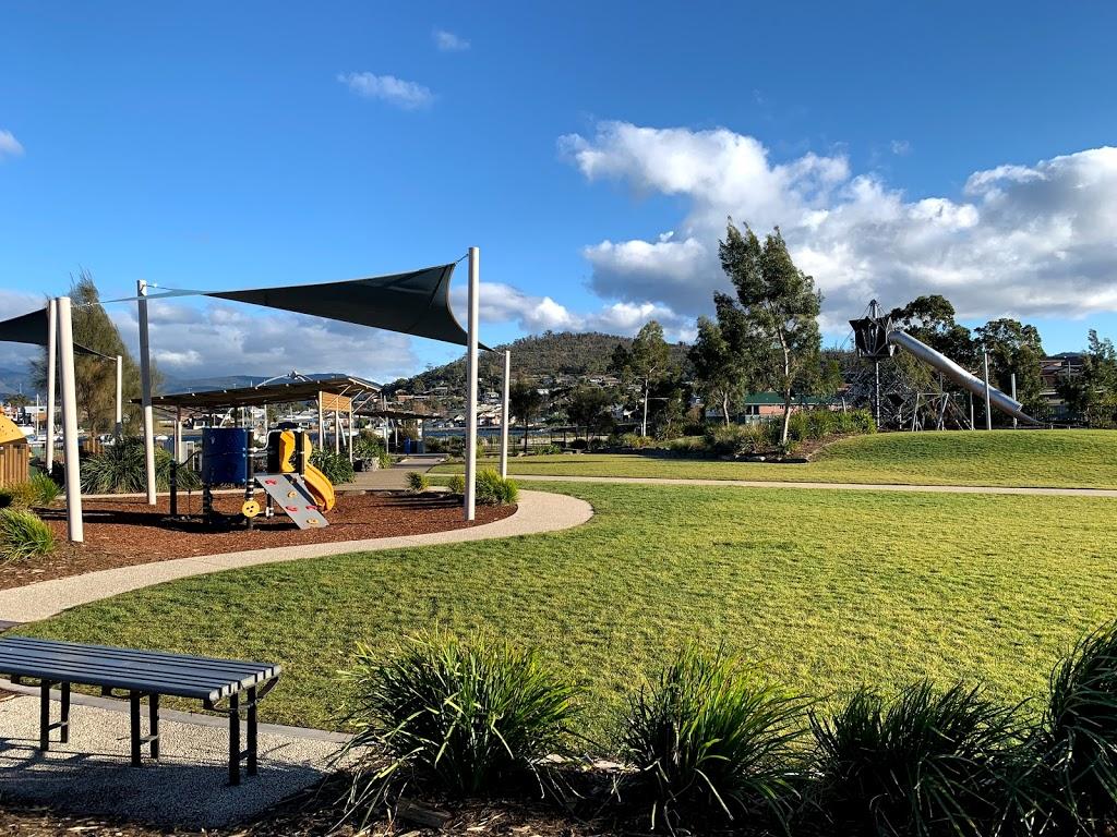 Simmons Park | park | 37 Esplanade, Lindisfarne TAS 7015, Australia