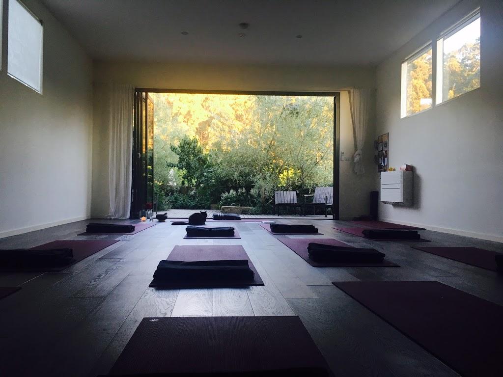 Hara Yoga Studio | gym | 25 Weld St, South Hobart TAS 7004, Australia | 0408257751 OR +61 408 257 751