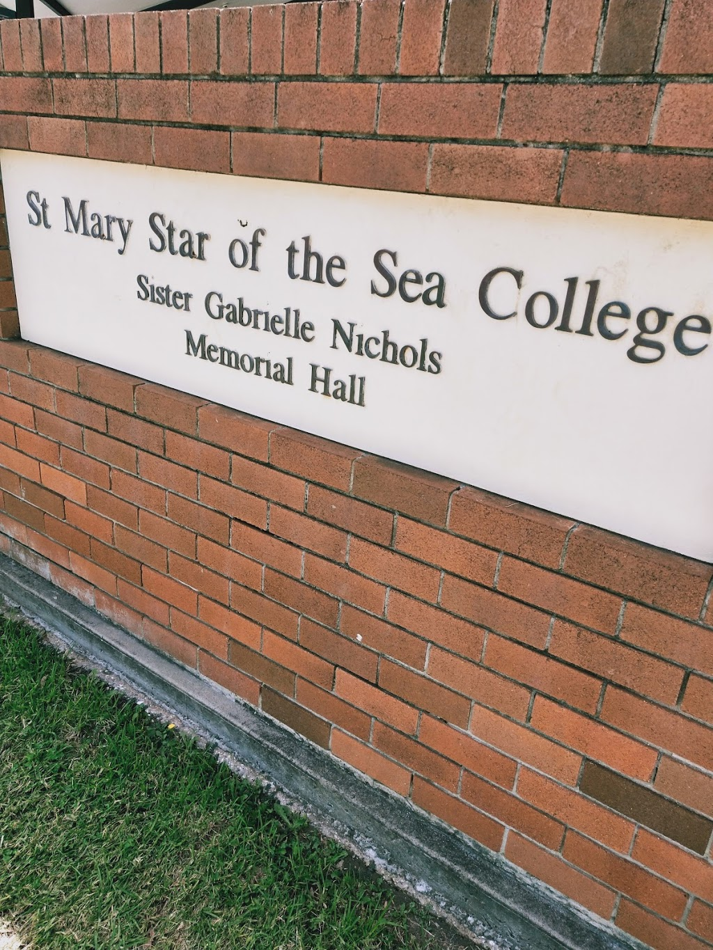 St Mary Star of the Sea College | school | 15 Harbour Street Locked Bag 42, Wollongong NSW 2500, Australia | 0242286011 OR +61 2 4228 6011