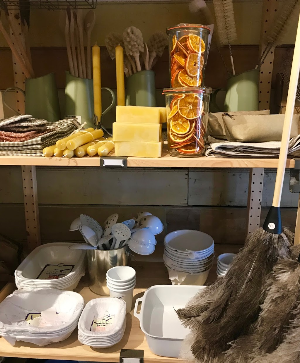 The Mud Room | store | 16a Lyons Street, Newstead VIC 3462, Australia