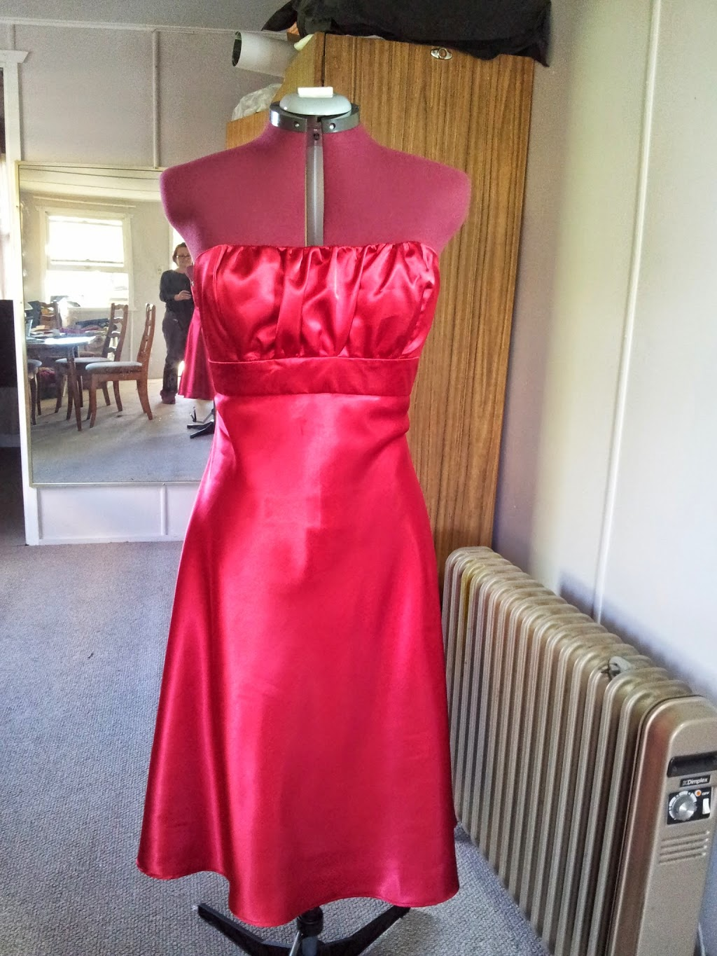 Fadilas Sewing Cafe | clothing store | 225 West St, Harristown QLD 4350, Australia | 0401130189 OR +61 401 130 189