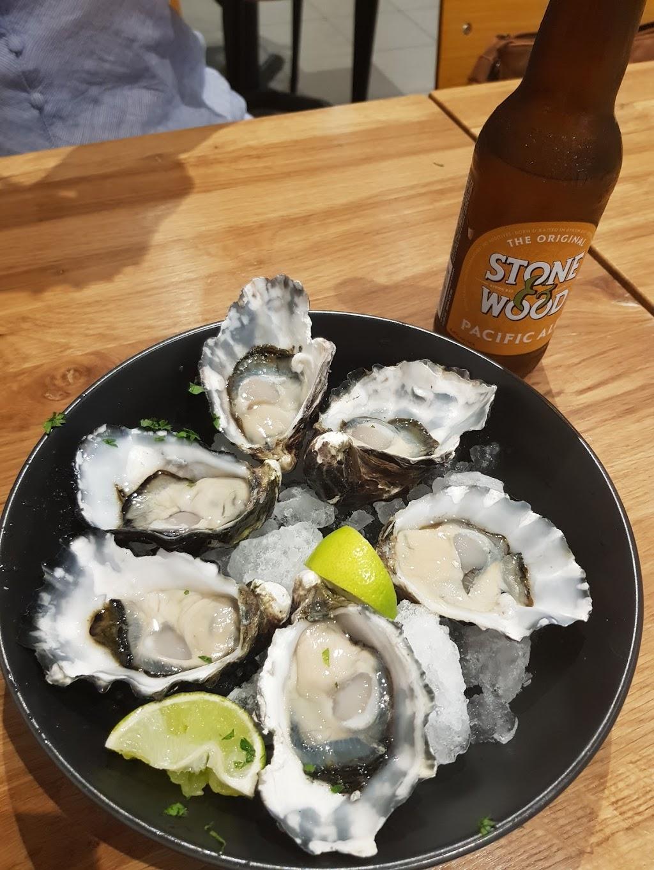 4 Fishies | cafe | 210 Kameruka St, Calamvale QLD 4116, Australia | 0731861337 OR +61 7 3186 1337