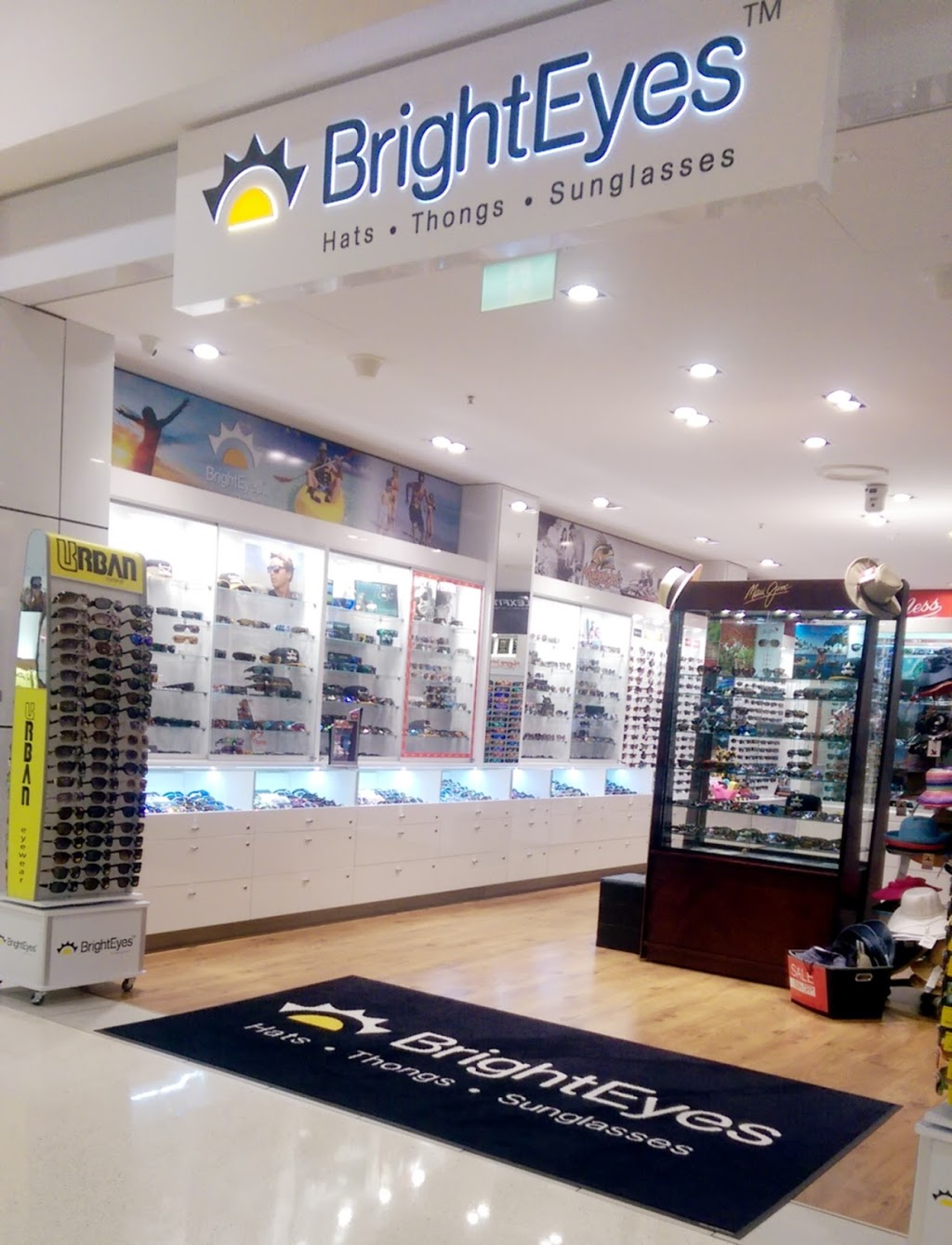 BrightEyes Hats Thongs Sunglasses | store | Shop 103a, Castletown Shopping Centre, Hyde Park QLD 4812, Australia | 0747724155 OR +61 7 4772 4155