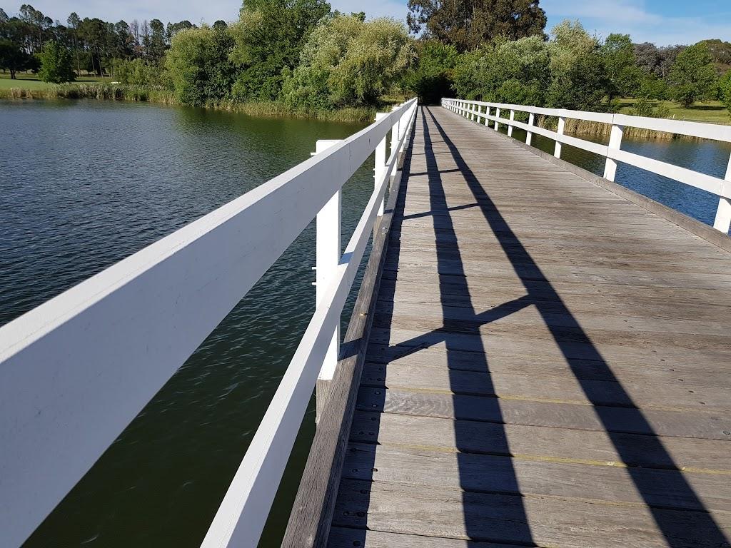 Weston Park | park | Weston Park Rd, Yarralumla ACT 2600, Australia | 132281 OR +61 132281