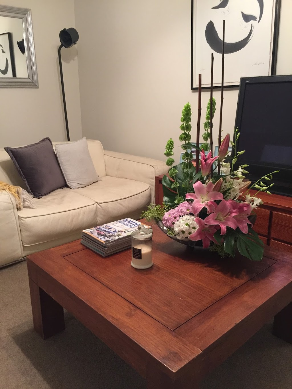 Heidelberg Online Florist | florist | 23 Hobson St, Greensborough VIC 3088, Australia | 0407354449 OR +61 407 354 449