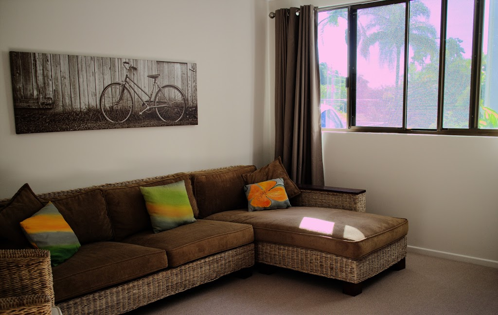 Tranquil Views Bed and Breakfast   lodging   113 Elouera Dr, Ninderry QLD 4561, Australia   0404022211 OR +61 404 022 211