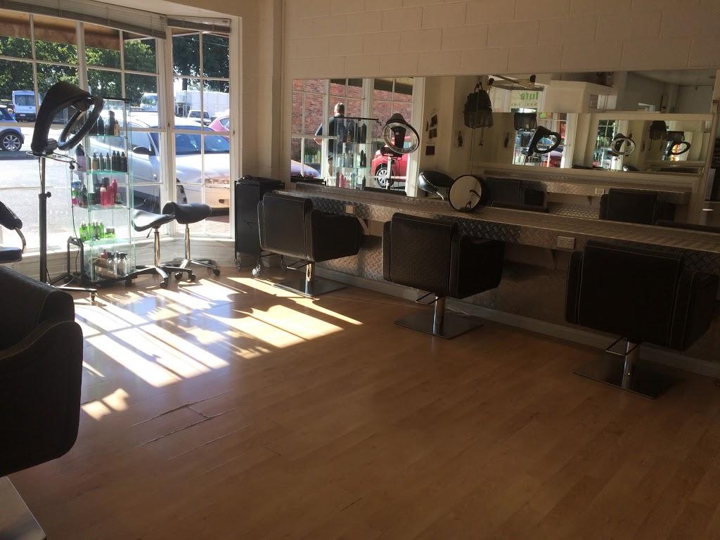 Absolute Indulgence   hair care   Shop 5 & 6, Pleasant Park Shopping Centre, Ballarat Central VIC 3350, Australia   0353321411 OR +61 3 5332 1411