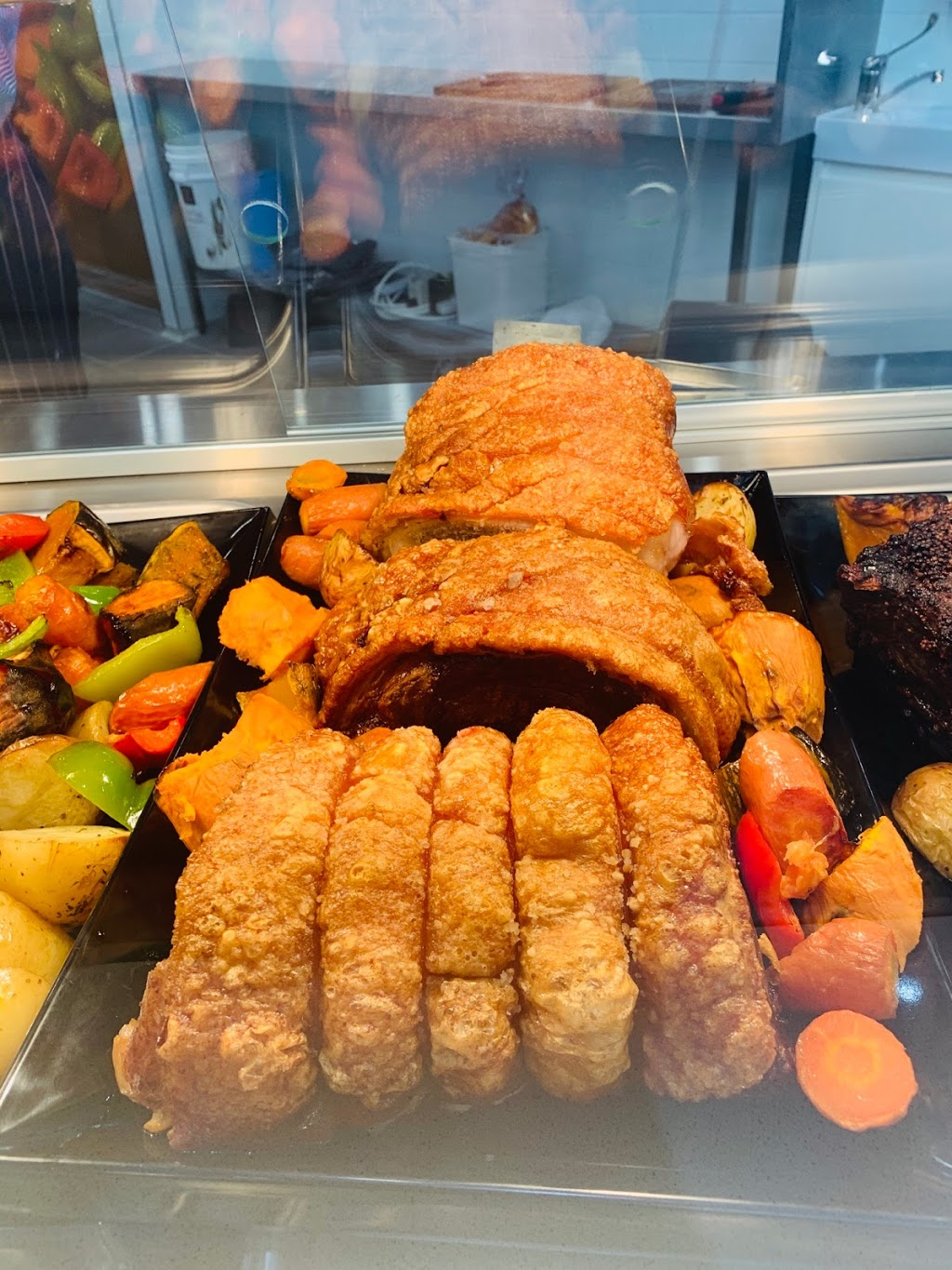 Carvery club | cafe | Highlands marketplace, 197 Old Hume Hwy, Mittagong NSW 2575, Australia | 0487723398 OR +61 487 723 398