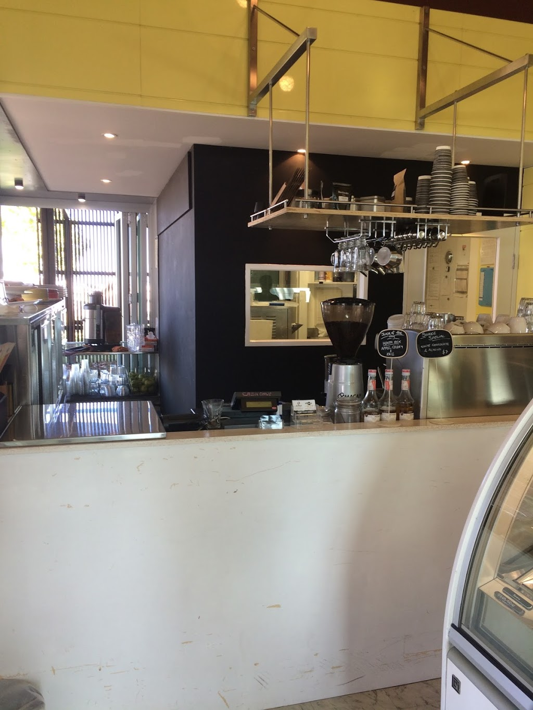 Mooz Gelato & Juice Bar | cafe | 5/2 Pier Point Rd, Cairns City QLD 4870, Australia | 0499581988 OR +61 499 581 988