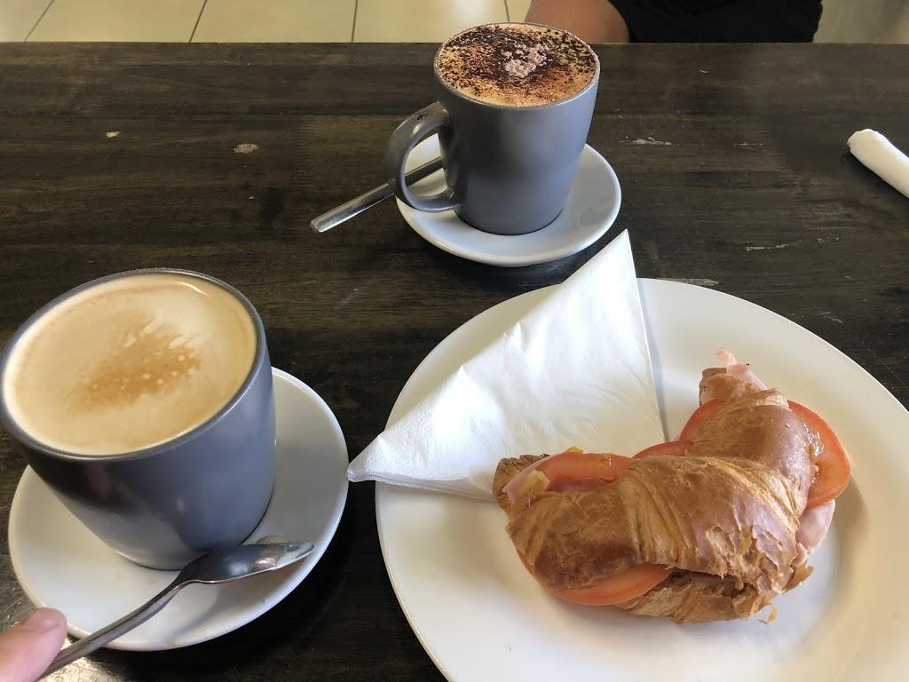 Catch Up Cafe   cafe   164 Peel St, Tamworth NSW 2340, Australia   0407101117 OR +61 407 101 117