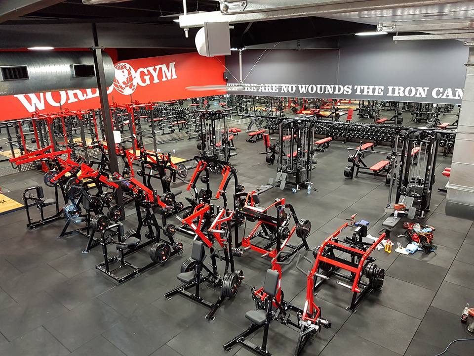 World Gym Townsville | gym | 1 Darcy Dr, Townsville City QLD 4811, Australia | 0747782708 OR +61 7 4778 2708