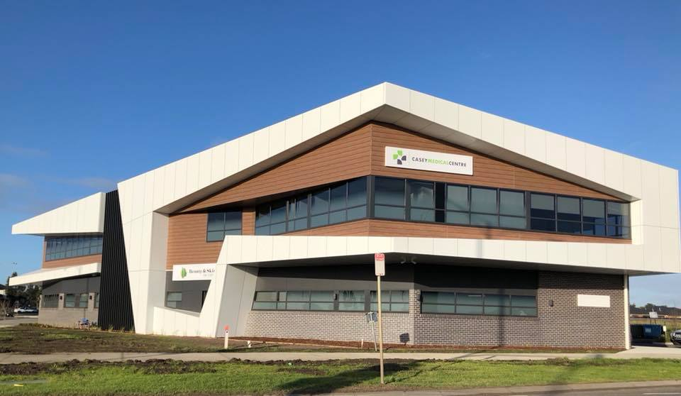 Casey Medical Centre Clyde | hospital | 1 Morison Rd, Clyde VIC 3978, Australia | 0359911222 OR +61 3 5991 1222
