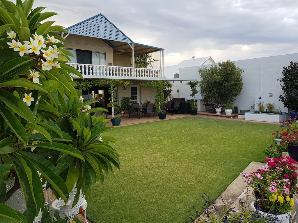Boathouse Bunbury Bed and Breakfast - Lodging | 11 Austral