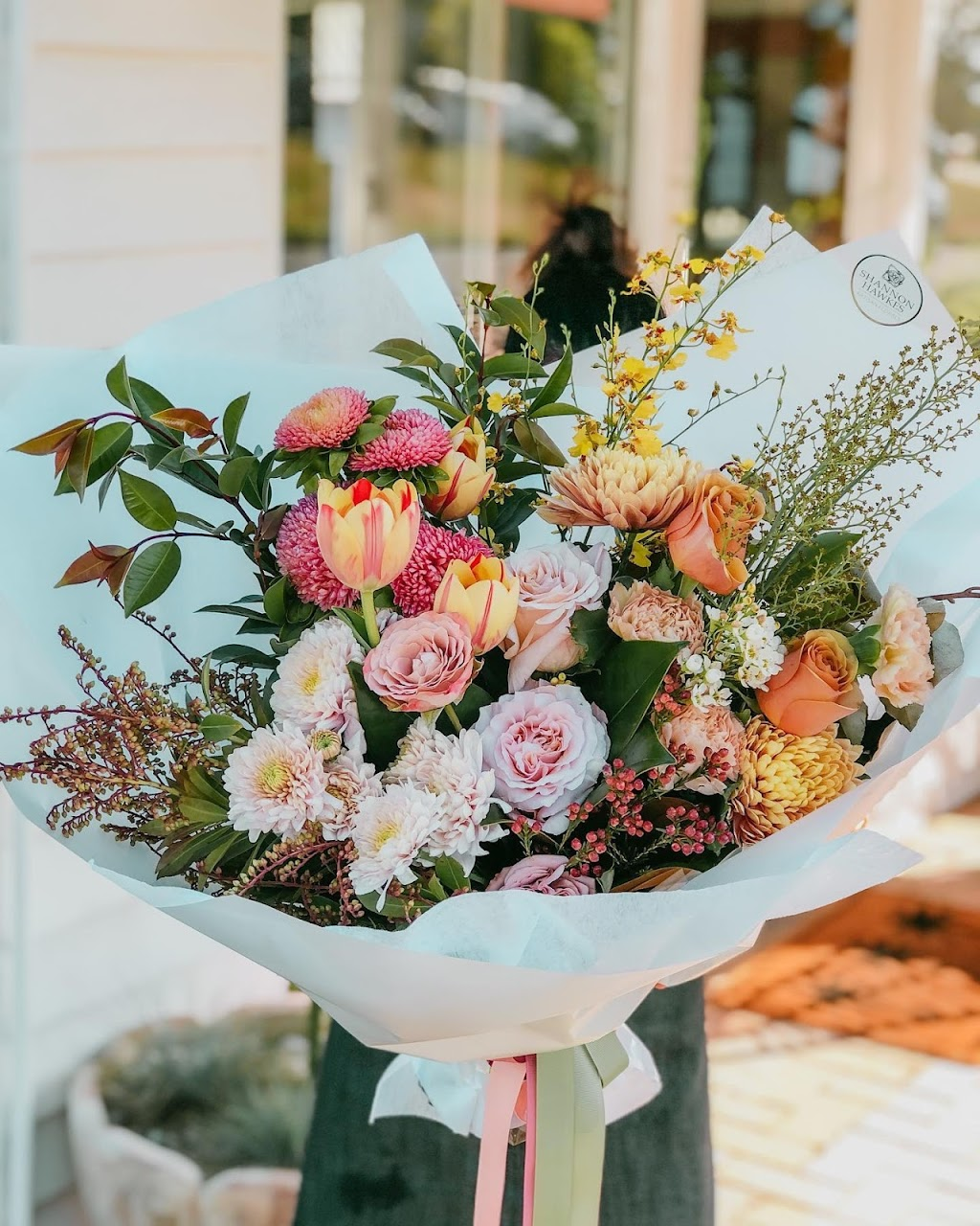 Shannon Hawkes Artisan Florals | florist | 60 Normanby St, Yeppoon QLD 4703, Australia | 0407062847 OR +61 407 062 847
