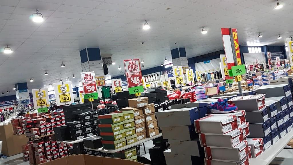 Pauls Warehouse USA Outlet | clothing store | 77 Wright St, Sunshine VIC 3020, Australia | 0393102044 OR +61 3 9310 2044
