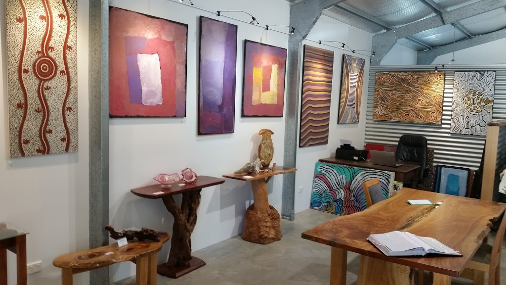 Red Desert Gallery | art gallery | 43 Caplick Way, Eumundi QLD 4562, Australia | 0414504360 OR +61 414 504 360