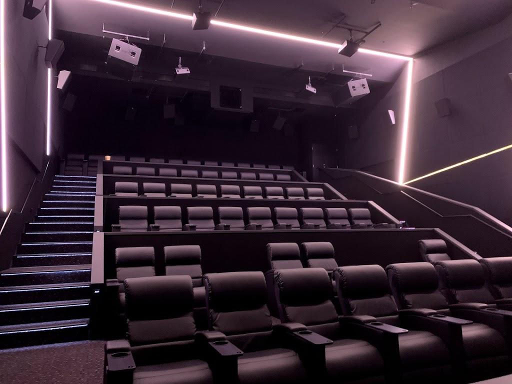 HOYTS The District Docklands | movie theater | 440 Docklands Dr, Docklands VIC 3008, Australia | 0390271540 OR +61 3 9027 1540