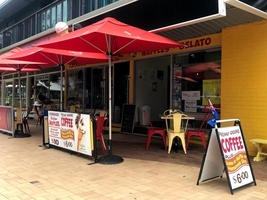 Sundaes @ The Pier Icecream Cafe | cafe | 577 Esplanade, Urangan QLD 4655, Australia | 0438130001 OR +61 438 130 001