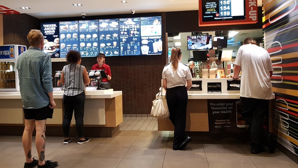 McDonalds Oxenford | cafe | Tamborine Oxenford Rd, Oxenford QLD 4210, Australia | 0755194960 OR +61 7 5519 4960