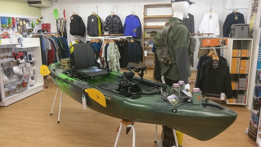 Toms Outdoors | clothing store | 52 Fitzroy St, Tumut NSW 2720, Australia | 0269474062 OR +61 2 6947 4062