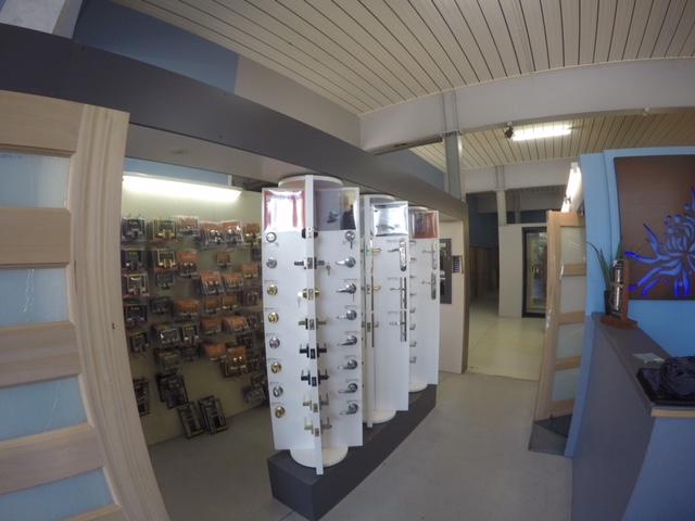 Doors Plus | store | 212/214 Corrimal St, Wollongong NSW 2500, Australia | 0242298266 OR +61 2 4229 8266