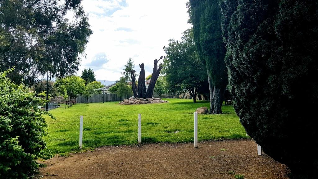 Friends Park | park | 17-19 Mellifont St, West Hobart TAS 7000, Australia