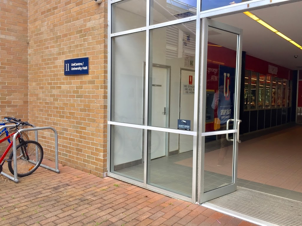 St.George   atm   Unishop, Building, 11 Northfields Ave, North Wollongong NSW 2500, Australia   133330 OR +61 133330